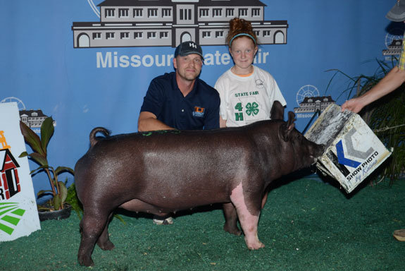 CHAMPION 4-H LIGHTWEIGHT CROSS BARROW
