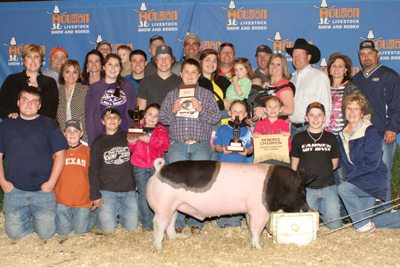RESERVE CHAMPION DARK CROSSBRED